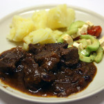 Braised beef with cranberries